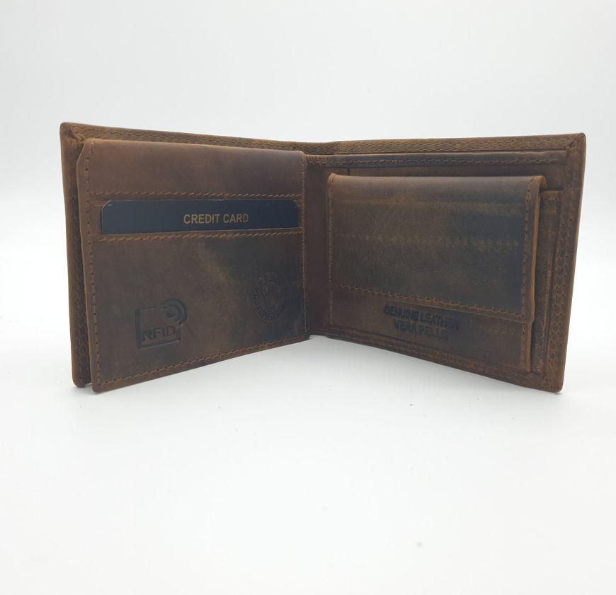 Immagine di Portafoglio orizzontale con portamonete e pattina